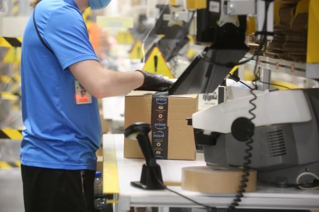 Centrum logistyczne Amazon w Gliwicach, wrzesień 2020. Zobacz kolejne zdjęcia. Przesuwaj zdjęcia w prawo - naciśnij strzałkę lub przycisk NASTĘPNE