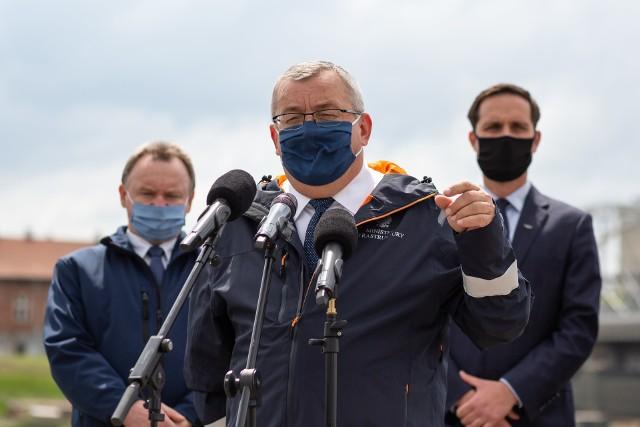 Minister Andrzej Adamczyk zna harmonogram budowy drogi ekspresowej S10.