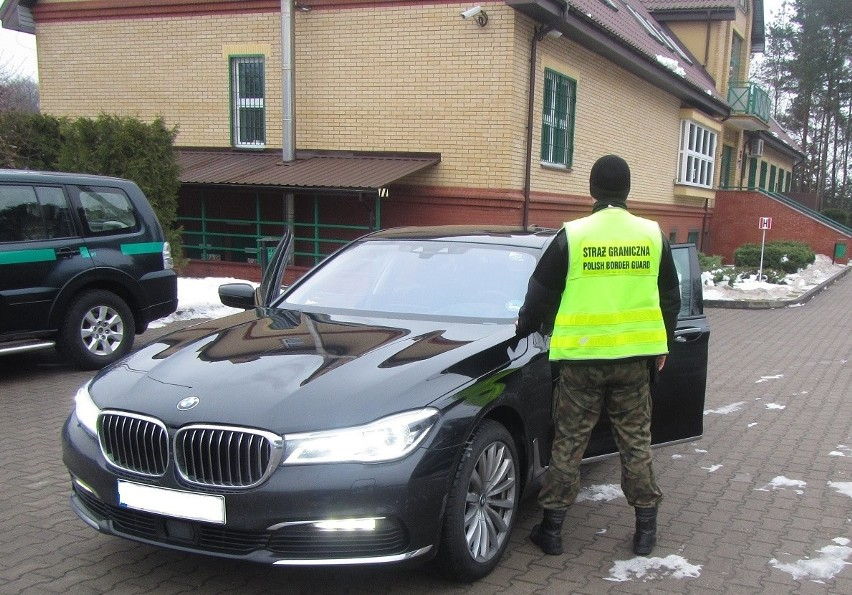 Na drodze krajowej nr 16 patrol Straży Granicznej wytypował...