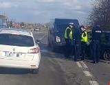 2 osoby ranne w wypadku w Szubinie (powiat nakielski). Ruch jeszcze odbywa się wahadłowo