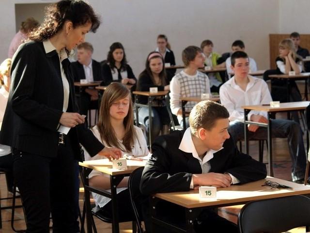 Próbny egzamin gimnazjalny. Matematyka ODPOWIEDZI