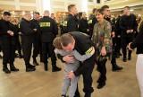 Ślubowanie nowych policjantów w Lublinie. Apel, przysięga i dużo radości (ZDJĘCIA, WIDEO)