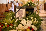 Kęty. Wzruszające ostatnie pożegnanie Marcina Niedzieli. Bliscy, przyjaciele i politycy na pogrzebie starosty oświęcimskiego [ZDJĘCIA]