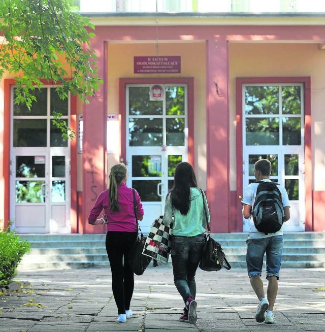 Licealiści nie chcą być traktowani jak przedszkolaki