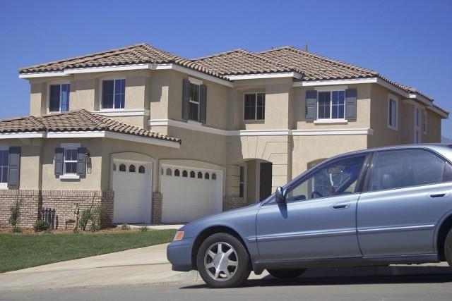 Podatnicy będą musieli się wytłumaczyć skąd mieli pieniądze na zakup domu lub samochodu