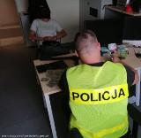 Policjanci złapali mężczyzn, którzy ukradli olej napędowy z cysterny paliwowej