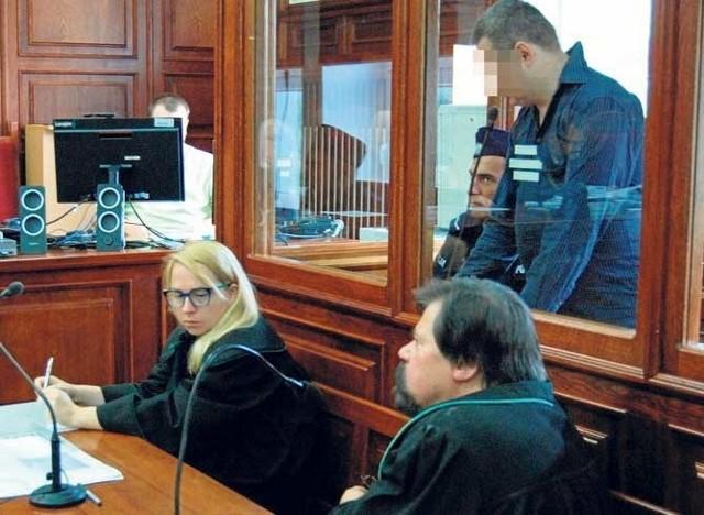 Za usiłowanie zabójstwa Dawidowi W. grozi kara od 8 lat, 25 lat, a nawet kara dożywotniego pozbawienia wolności