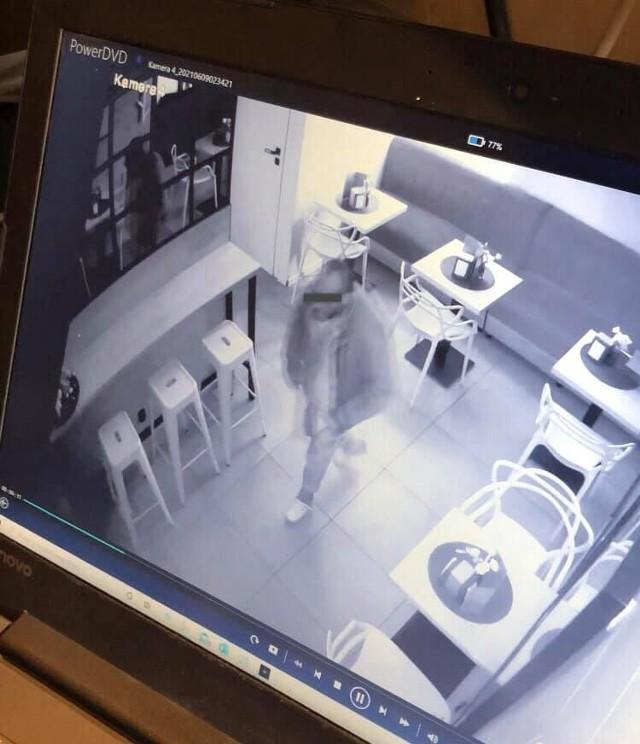 Właściciele z andrychowskiej restauracji pokazali nagrania z monitoringu. Twierdzą, że widać na nich sprawcę