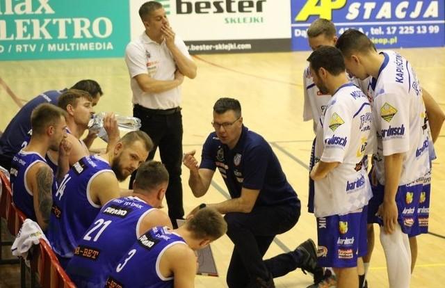 Wygrana w Kłodzku zwiększyła wśród zawodników i kibiców Pogoni Prudnik nadzieję na utrzymanie w 1 lidze.