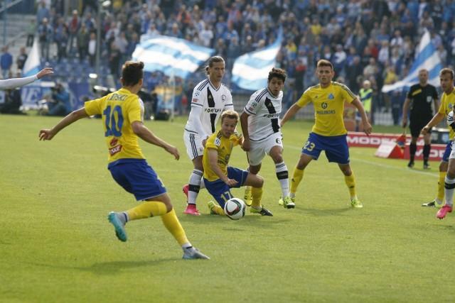 Zawodnicy Ruchu Chorzów zagrał w żółtych koszulkach