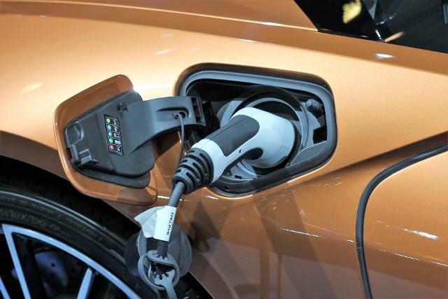 Do końca roku w Bytomiu ma działać 60 stacji ładujących samochody elektryczne.