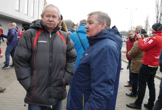 Piłkarze Wielkiego Widzewa Krzysztof Kamiński i Wiesław Wraga