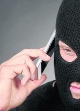 Cwany oszust wpadł dzięki nagraniom z banku. Zdradził go... głos