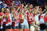 Polska - Słowenia w Katowicach. Doping kibiców w Spodku był oszałamiający. Wszyscy w biało-czerwonych strojach