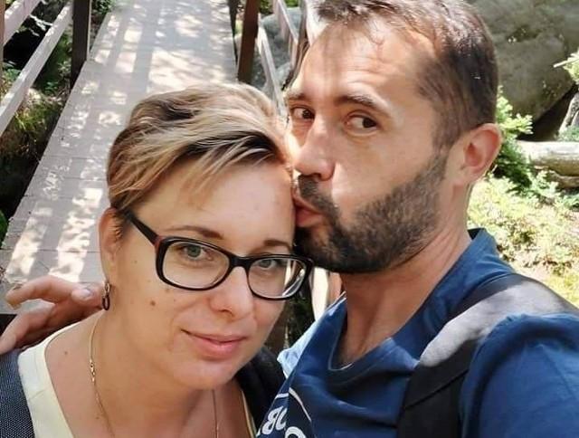 Pani Ola z mężem, Tomkiem, zanim rodzina dowiedziała się o chorobie kobiety