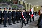 Pasowanie na elewów klas mundurowych w VII LO w Szczecinie. Otworzono również szkolną strzelnicę sportową! ZDJĘCIA