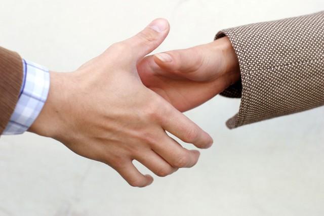 Zgoda Zanim podpiszemy umowę z właścicielem warto wypytać o jej wszystkie szczegóły. Pozwoli to uniknąć przykrych niespodzianek.
