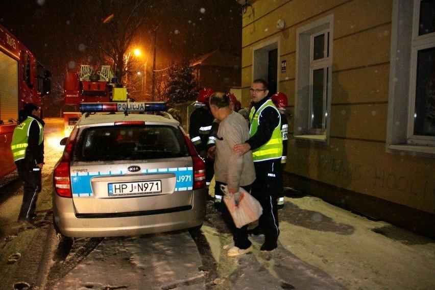 Policyjna interwencja przy ul. Luboszyckiej w Opolu.