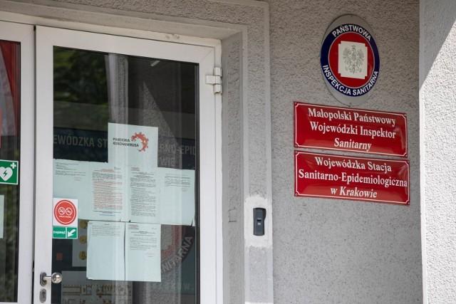 Sanepid wprowadził zakaz działalności baru samoobsługowego w pandemii Wojewódzki Sąd Administracyjny uznał, że to bezprawne działanie