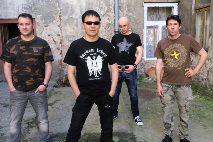 Począwszy od 1991 roku Farben Lehre nagrali aż piętnaście studyjnych albumów