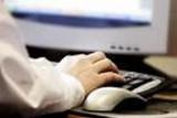 Pacjenci sprawdzają koszty leczenia w ZIP-ie w Radomiu