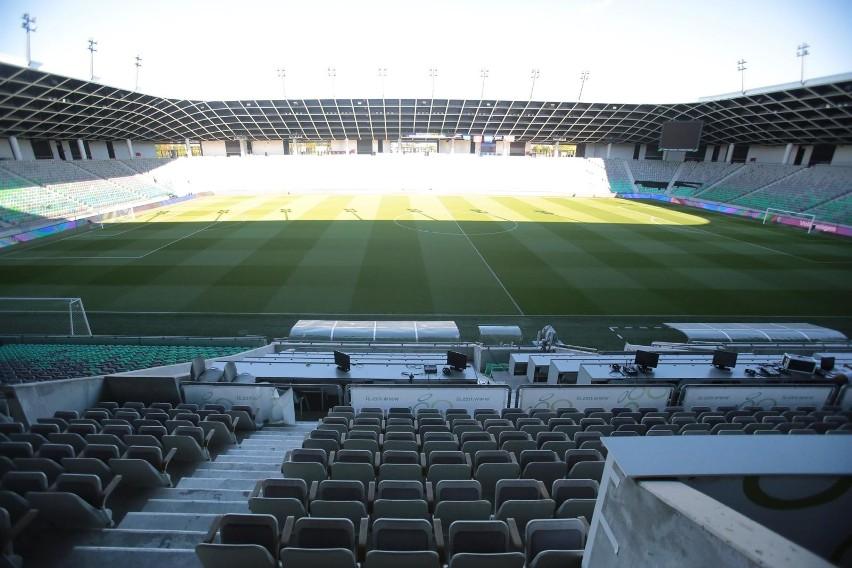 Eliminacje mistrzostw Europy 2020. Reprezentacja Polski wybiegnie w piątek na stadion Stożice na mecz ze Słowenią. Zobacz jak wygląda niedokończony obiekt, którym zagrają Biało-Czerwoni.