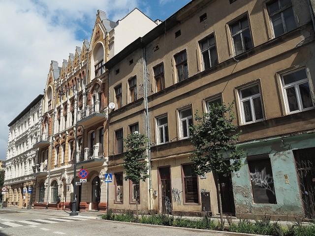 W odnowionej kamienicy przy ul. Sienkiewicza 22 powstanie 37 lokali biurowych, pięć lokali dla przedsiębiorców oraz Centrum Aktywności Lokalnej. A co z podwórkiem?