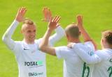 Warta najlepszą piłkarską drużyną w Poznaniu i Wielkopolsce! Zieloni w końcówce sezonu grają o puchary, kasę i... stołek