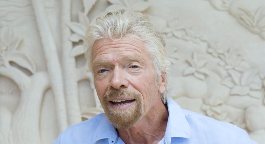 Richard Branson chce jako pierwszy polecieć w kosmos swoim statkiem. I to w Dzień Niepodległości USA
