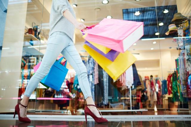 Pomimo pandemii koronawirusa, w ubiegłym roku w Polsce pojawiły się nowe marki. Sprawdź, jakie sklepy zadebiutowały na polskim rynku!
