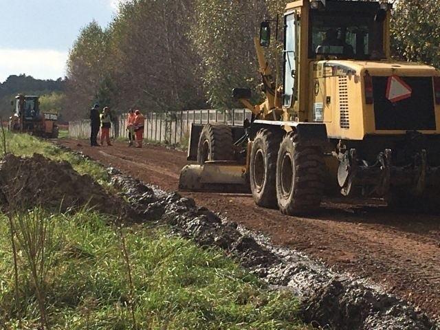 Ruszyła już przebudowa ulicy Bursztynowej w Kamieniu. Prace mają się zakończyć w listopadzie tego roku.