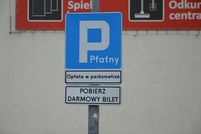 Netto wprowadza płatny parking