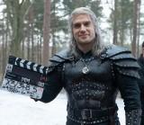Gmina Ogrodzieniec podaruje filmowemu Geraltowi z Rivii oryginalny wiedźmiński miecz. Został wykuty przez katowickiego artystę