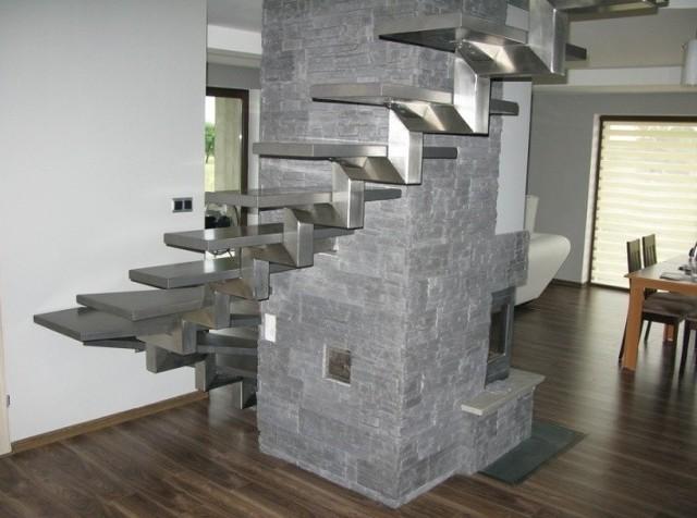 Schody wewnętrzne z metalu. Pomysł na nowoczesne wnętrze (ZDJĘCIA)Schody wewnętrzne z metalu. Pomysł na nowoczesne wnętrze