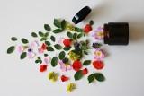 10 mitów na temat naturalnych kosmetyków. Sprawdź, czy w nie wierzysz!