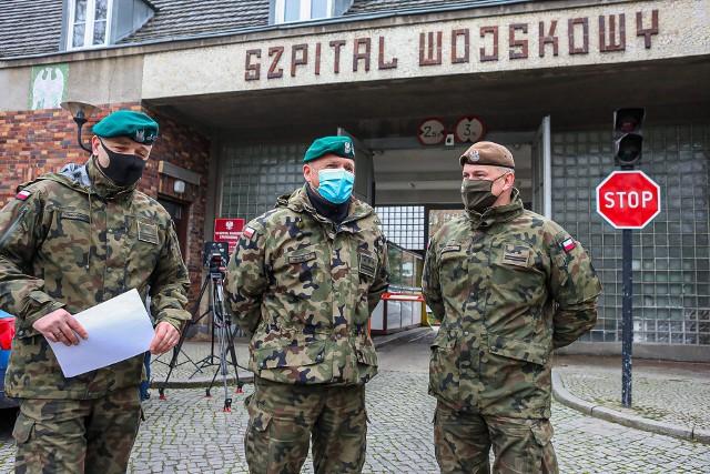 Ponad 300 żołnierzy bierze udział w walce z koronawirusem w województwie zachodniopomorskim.