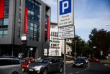 Kuriozum. Inne miasta dają wolne, a w Krakowie zapłacimy za parkowanie w Wigilię. Apel do władz miasta