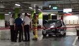 Tak się skończył drift bmw na podziemnym parkingu Alei Bielany