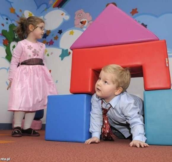 Dominika Świec i Jakub Musiał - zwycięzcy w naszym mikołajkowym konkursie podczas sesji zdjęciowej.