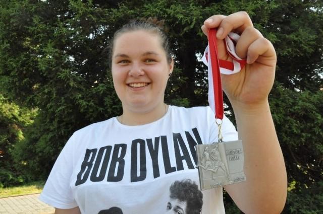 - Srebrny medal Mistrzostw Polski to sukces, ale stać mnie na jeszcze lepsze wyniki - mówi Anna Wloka.