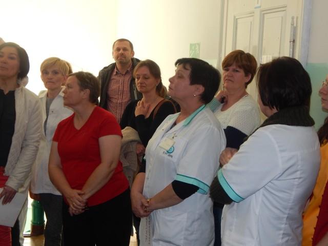 Dwa protesty, teraz złożone wypowiedzenia przez pielęgniarki z oddziału intensywnej terapii. Mimo tych ruchów spór między pracownikami a Grupą Nowy Szpital trwa nadal.