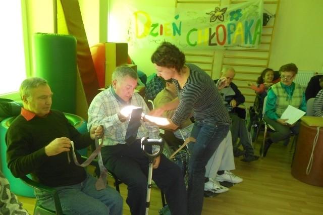 W Krapkowicach projekt realizuje Środowiskowy Dom Samopomocy. Wezmą w nim udział jego podopieczni i ich rodziny. W sumie 70 osób.