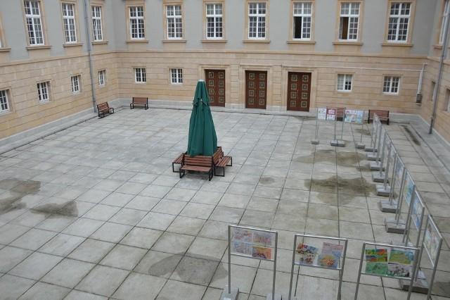 Dodatkowe 22 stanowiska znajdą się w budynku, który do końca przyszłego roku powstanie na dziedzińcu urzędu wojewódzkiego