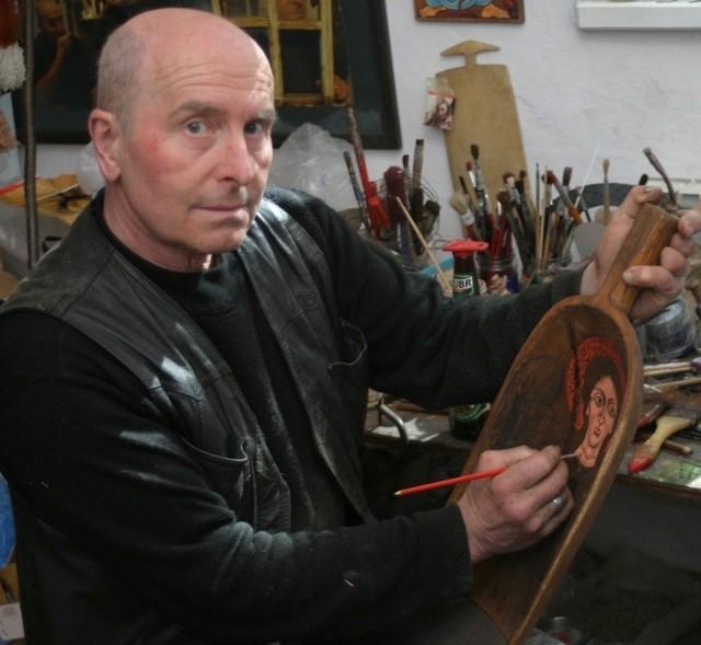 Prace Pękalskiego wciąż przyciągają turystówKapliczki, ikony i rzeźby bieszczadzkiego artysty Zdzisława Pękalskiego wciąż cieszą się dużym uznaniem wśród licznych turystów.