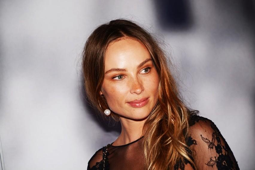 """Aktorka znana przede wszystkim z serialu """"Brzydula"""" lub..."""