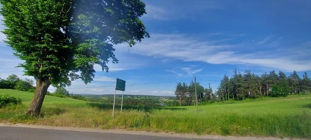 Na polu w Miesiączkowie w gminie Górzno w powiecie brodnickim znaleziono 34-letniego brodniczanina