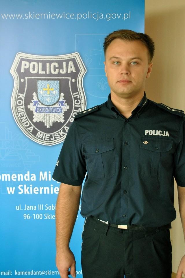 Aby zagłosować na asp. Jerzego Buczyńskiego wyślij SMS o treści POLICJANT.20 na numer 7155 (koszt 1.23 zł z VAT)