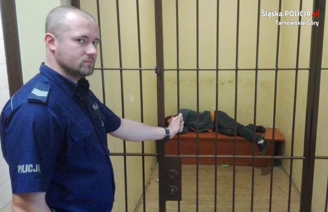 Pijany ojciec trzeźwiał w areszcie