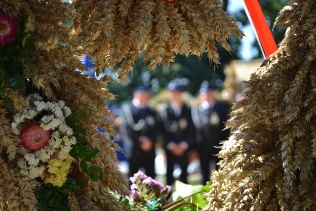 Gospodarzem dzisiejszych powiatowych dożynek jest Sośno. Jutro (8 września) odbędą się w Sypniewie w gminie Więcbork