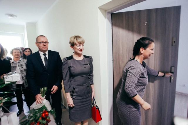 Już w sobotę kolejny Tygodni Fordon, a w nim, między innymi o tym, że:- Fordon już wkrótce też będzie miał swoją jadłodzielnię- warto głosować na projekty Bydgoskiego Budżetu Obywatelskiego- dzieciaki z osiedla Szybowników pomogły dzieciakom z poszkodowanego  Rytla- Fordon bywa szermierczą stolicą Polski- kolejni lokatorzy odebrali klucze do fordońskich mieszkań BTBSPoza tym, jak zwykle, wiele ciekawych informacji, opinii, zdjęć.Jeszcze więcej Fordonu w Expressie Bydgoskim!